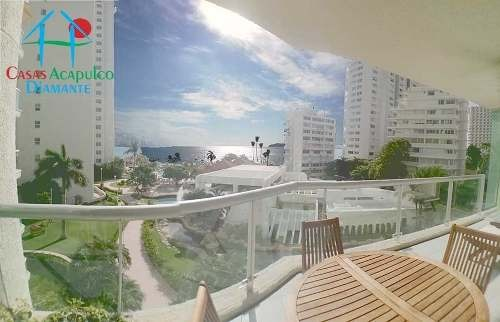 cad century resorts. vista al mar, sala de tv, terraza