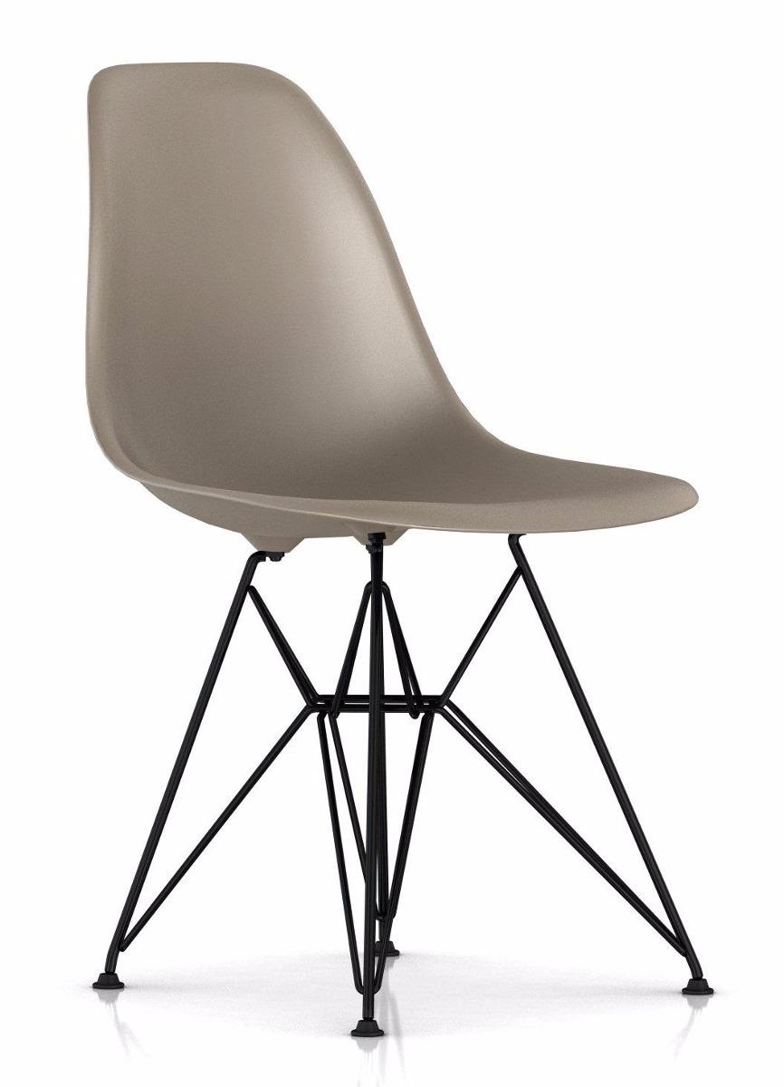 cadeira charles eames eiffel base metal preto design r 229 00 em mercado livre. Black Bedroom Furniture Sets. Home Design Ideas