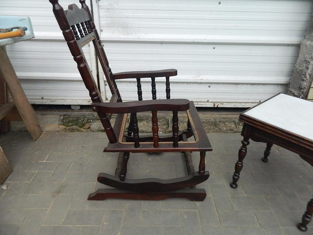 Cadeira De Balanço Antiga Estilo Colonial Para Restaurar R$ 200 00  #9D6B2E 1024x768
