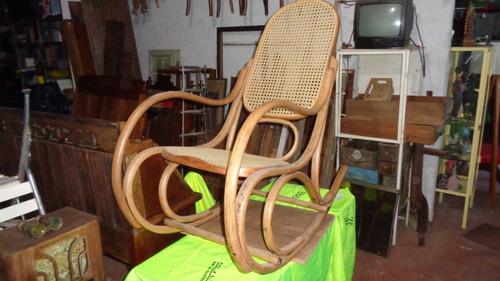 cadeira de balanço austríca thonet antiga