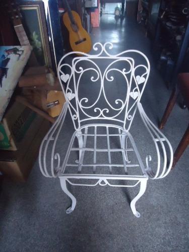 cadeira de ferro antiga de varanda para criança