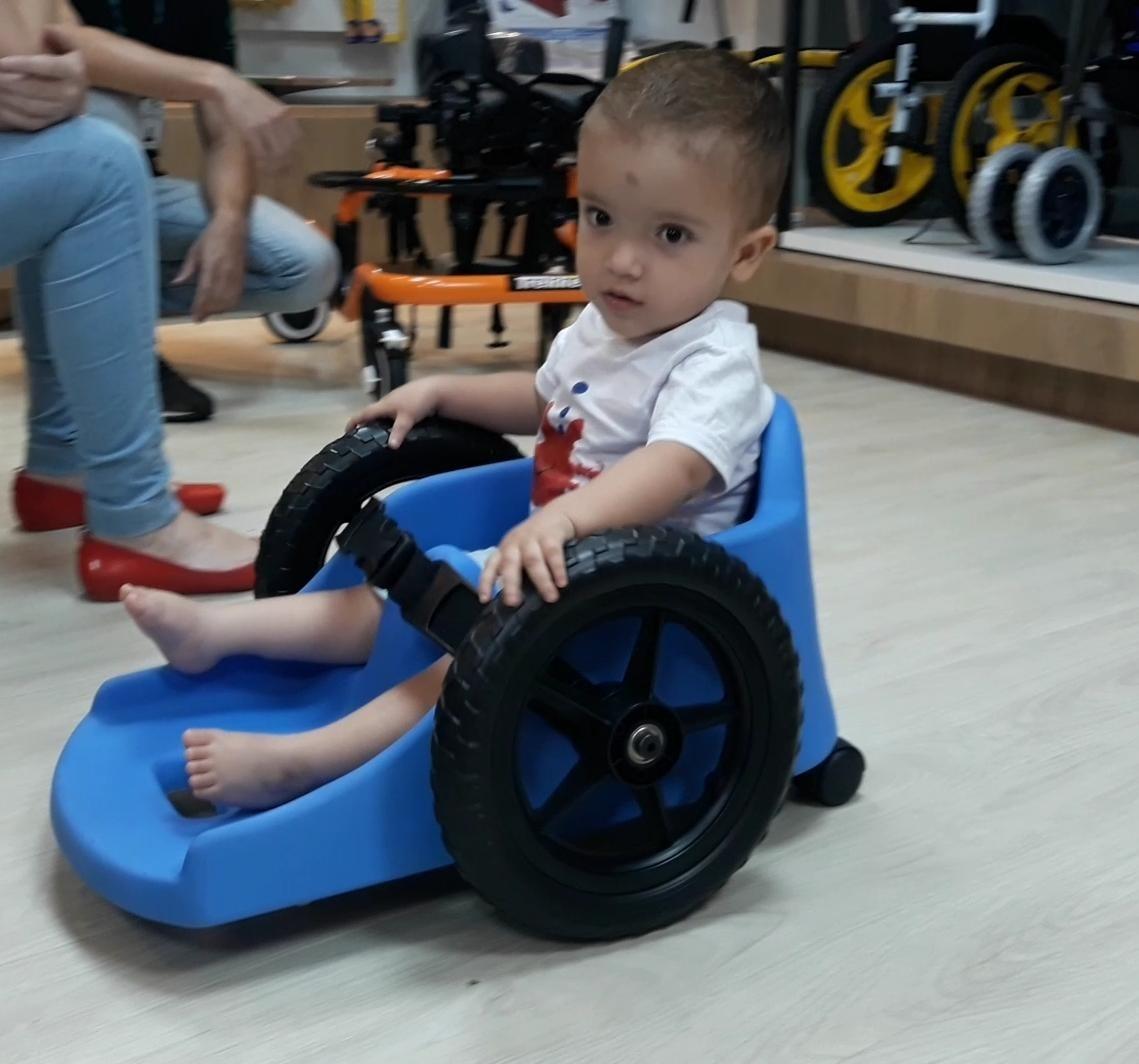 aaa865432 Cadeira De Rodas Carrinho Infantil Fly Children® - R$ 1.890,00 em ...
