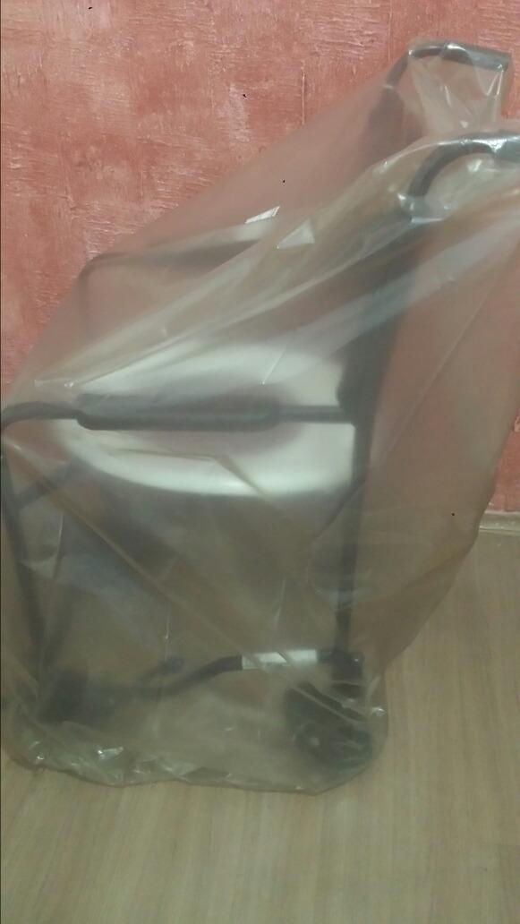 9e8ab35ff1f9 cadeira de rodas p/ banho - higiene &conforto cds (novo). Carregando zoom.