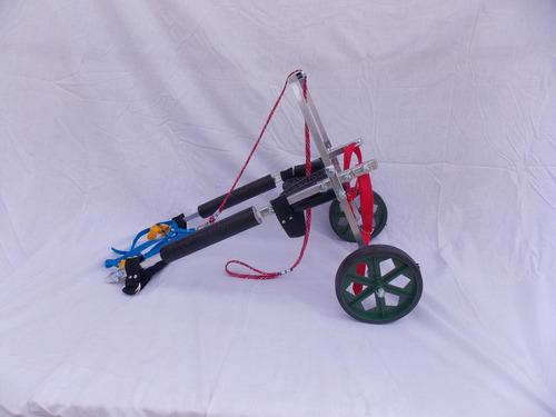 cadeira de rodas para cachorros de pequeno porte ,8 a 15 kg