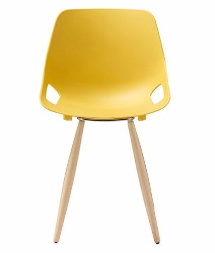 cadeira em polipropileno com estrutura em madeira - tsmob
