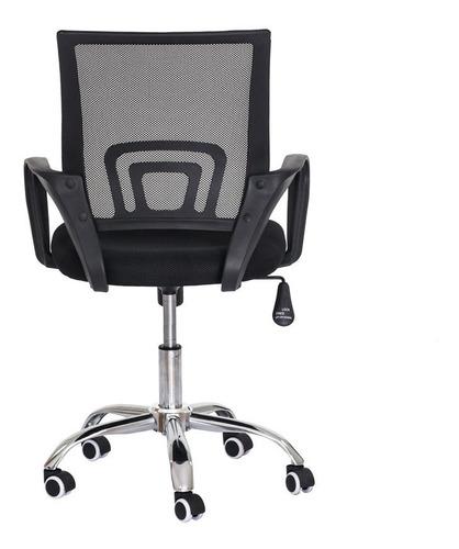 cadeira escritório diretor  mesh preta base giratória cromad