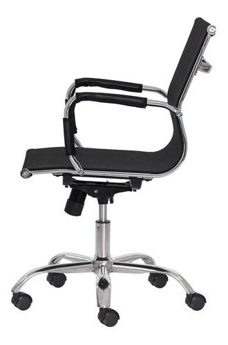 cadeira escritório mesh diretor preta base giratória cromada