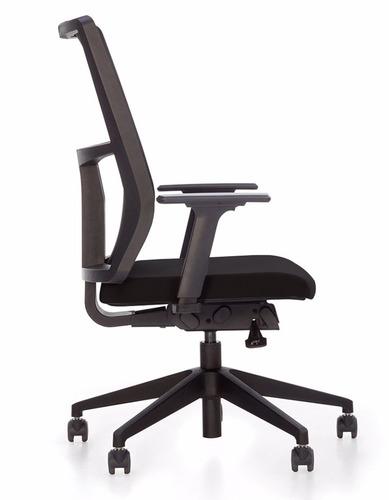 cadeira presidente em tela mesh com relax