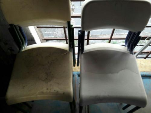 cadeiras escolares precisa de reparo. não enviamos