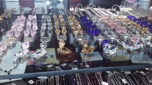 cadena artesanal de cristal de roca forma rosario crucifico