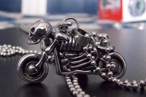 cadena collar acero con dije motocicleta calavera skpalace