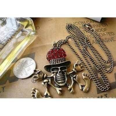 cadena collar calaverita con sombrerito aperlao rojo