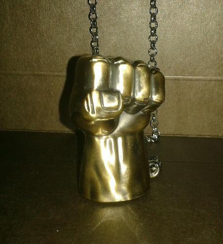 cadena collar metalico marvel del puño de hulk