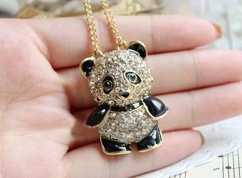 cadena collar vintaje con bonito dije de  osito panda perlas