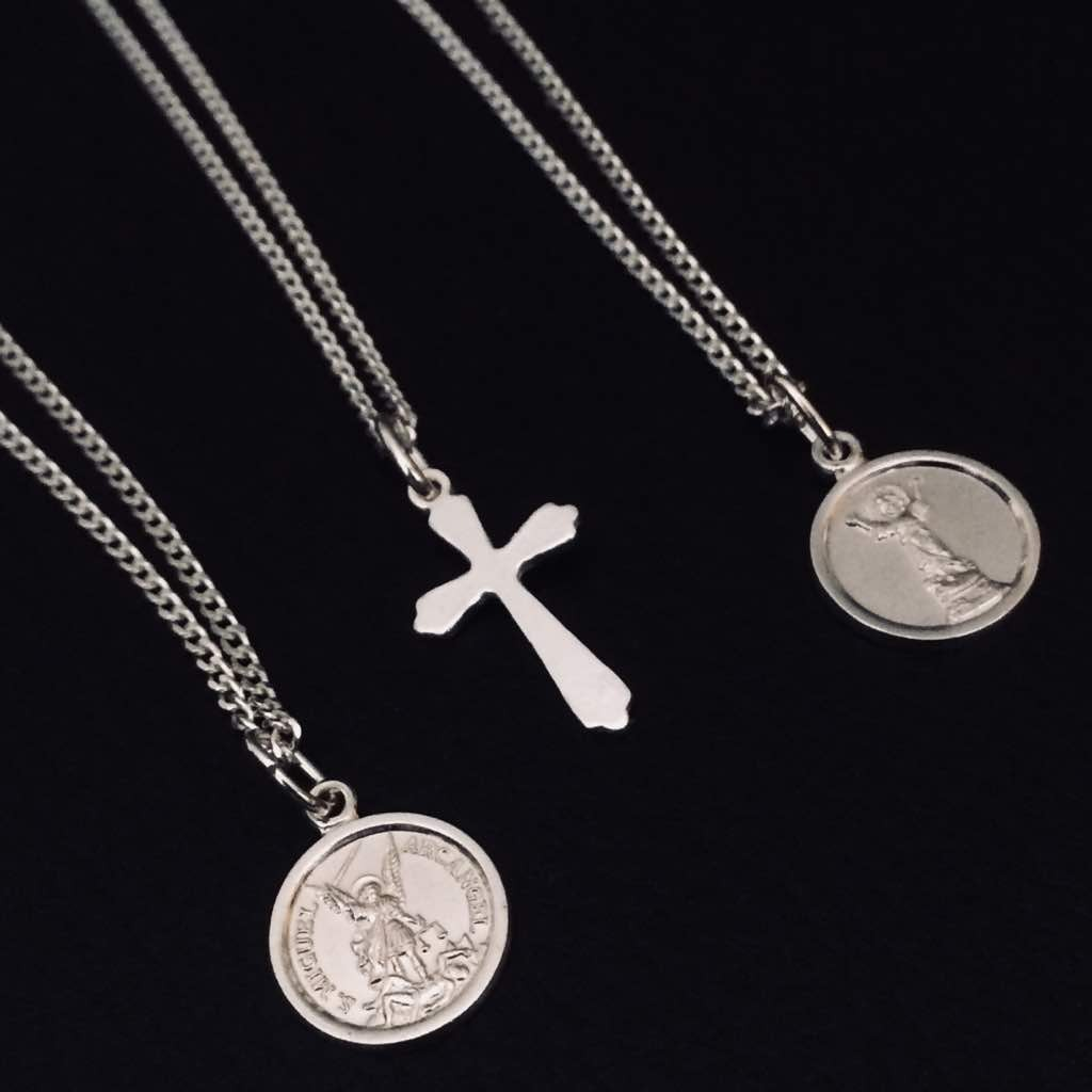 0bb01158e0b2 Cadena Con Medalla cristo Para Niños