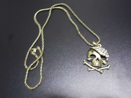 cadena con pendiente de calavera pirata skpalace