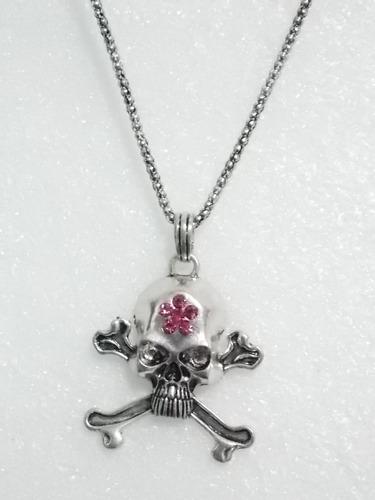 cadena con pendiente de calavera y huesos collar skpalace