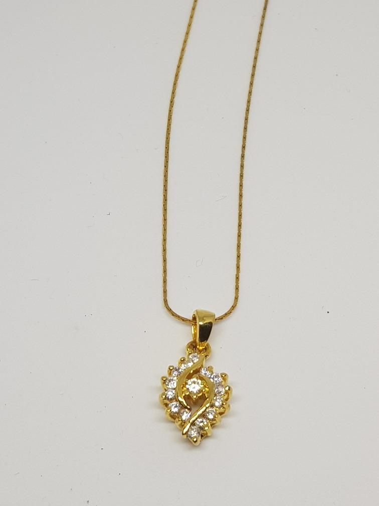 bf9346615e41 cadena cordón y dije plata bañada en oro 18 k con circones. Cargando zoom.
