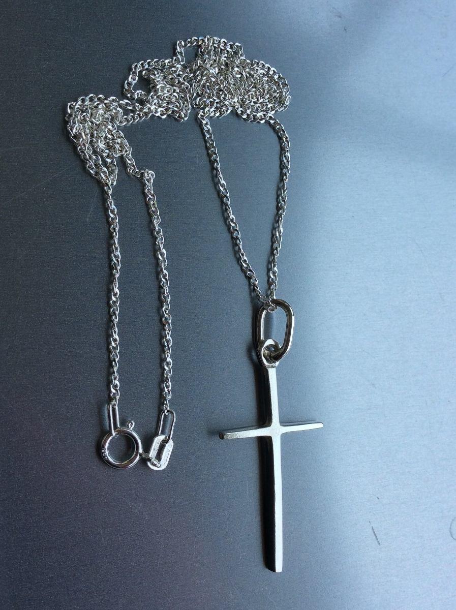 ebb529215c93 cadena de plata y dije de cruz esbelta plata 925 solida. Cargando zoom.