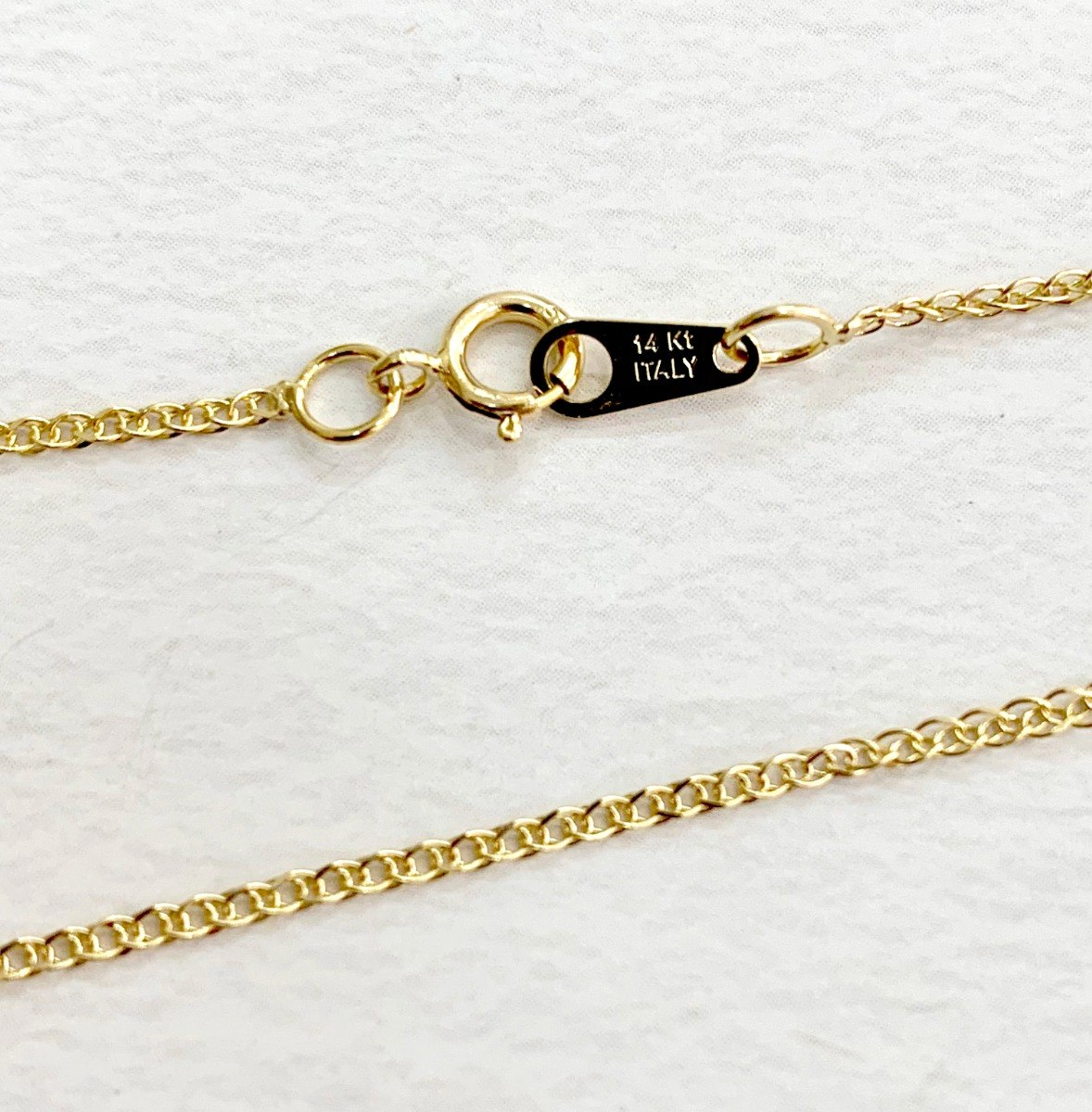 302b379ac02c cadena italiana con dije de niña en oro 14k nuni original. Cargando zoom.