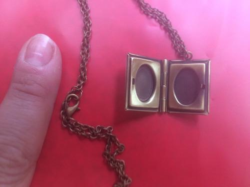 cadena tapa blanca con portafoto relicario el principito