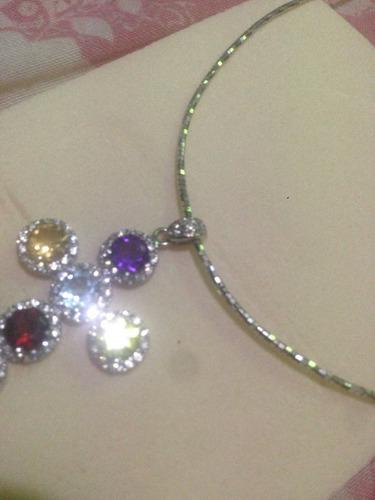 cadena y dije oro blanco italiano 18k y piedras preciosas