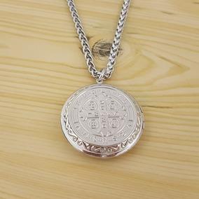 1e227654cc7 Medalla De San Benito Y Cadena - Joyas y Bijouterie en Mercado Libre ...