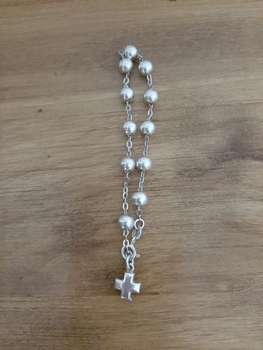 cadenas oro y plata , pulsera con crucifijo.