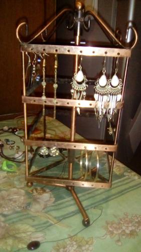 cadenas, pulseras, anillos y caravanas