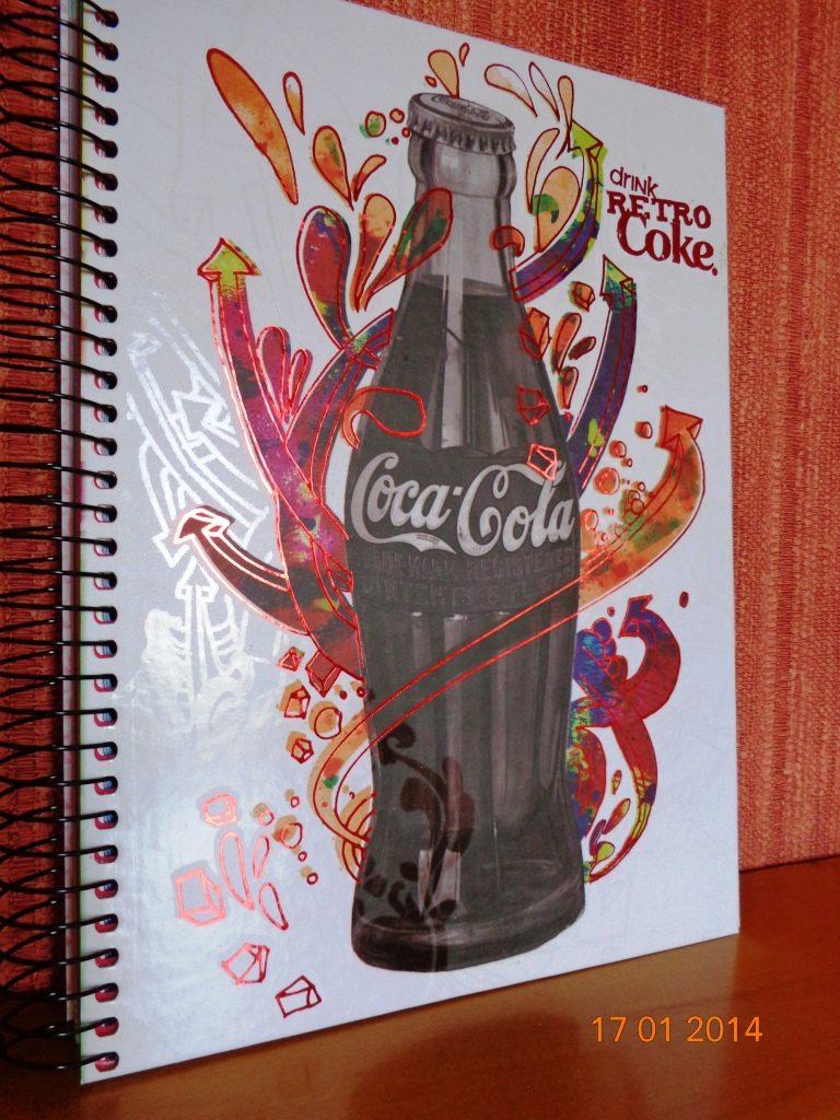 Caderno Coca Cola 200fls 200mmx275mm Adesivos Capadura