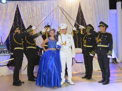 cadetes y cruce de espadas para kinos y bodas trujillo