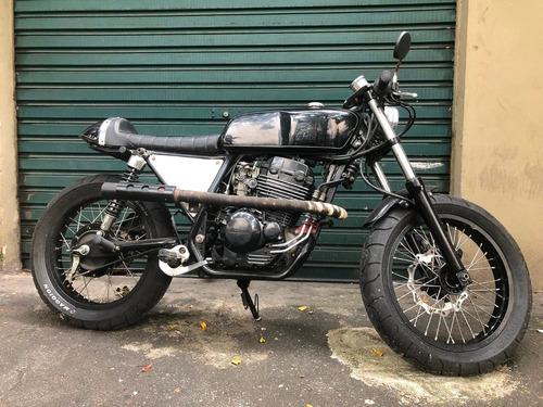 cafe racer / bendita macchina / honda 250cc customizada