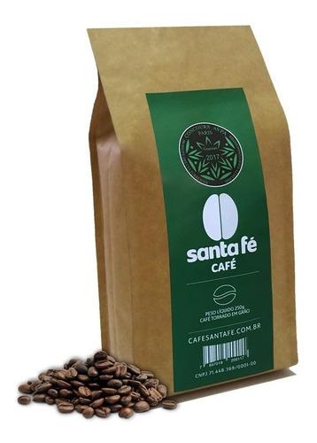 café santa fé premiado avpa 2017 em grãos/moído 250gr.