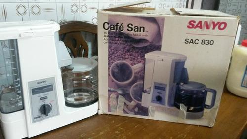 cafetera con molino integrado