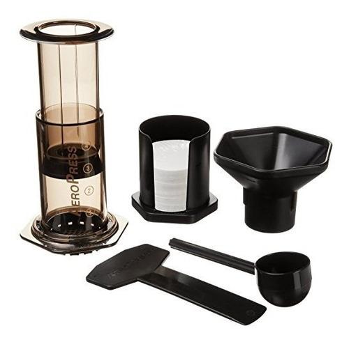 cafetera de aeropress y máquina de café espresso: hace rápid
