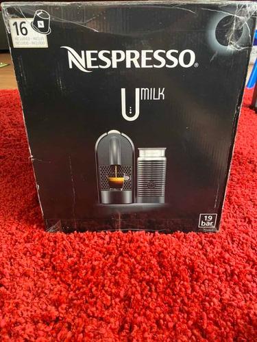 cafetera nespresso umilk c55 / d55