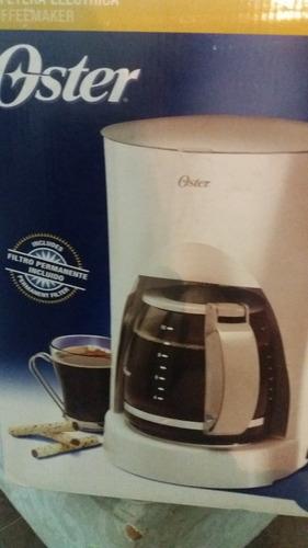 cafetera oster 10 tazas con  indicador de nivel de agua