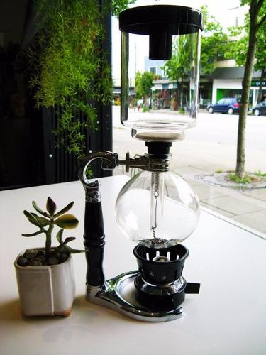 cafetera; sifon de vacio yama, metodo de filtrado de cafe
