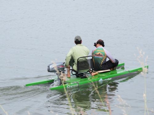 caiaque de pesca e passeio stand up remo pedal ou motor