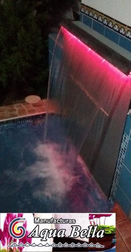 caida de agua con luces,  construccion de piscinas