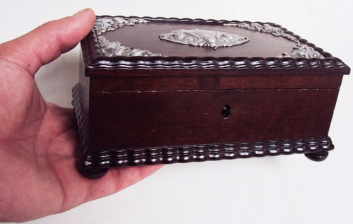 caixa antiga madeira