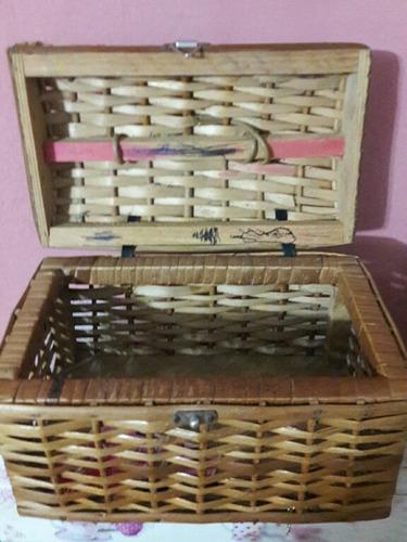 caixa antiga maleta baú vime trançado  - casa do vendedor