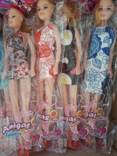 caixa com 100 bonecas atacado brinquedo barato revenda