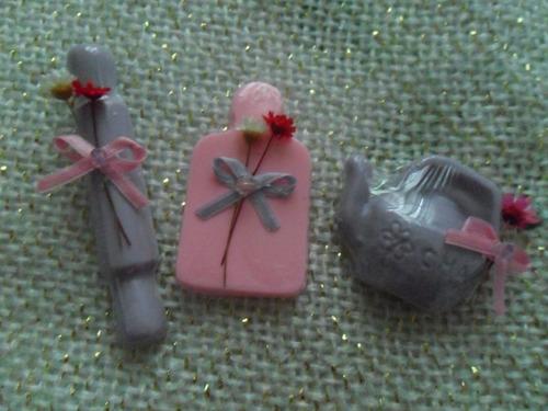 caixa com 80 lembrancinhas perfumadas para chá de panela