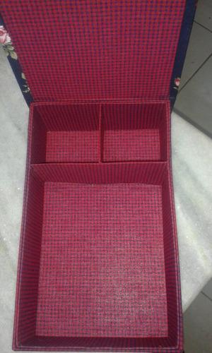 caixa de cartonagem com divisória