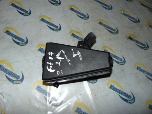 caixa de fusivel e rele - honda fit 1.4 07 - t 11778 k