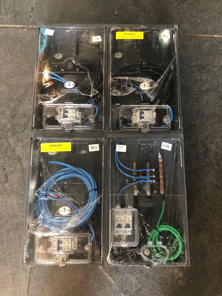 ce01a826395 Caixa De Luz Montada Completa 3 Relógios Padrão Eletropaulo - R  580 .