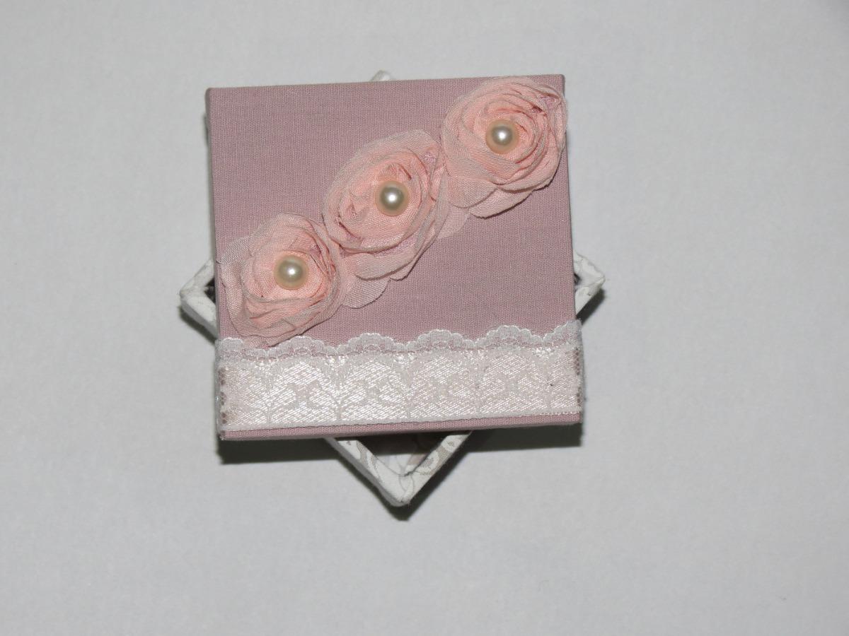 Caixa De Madeira Decorada Para Convites E Lembrancinhas R$ 25 00 em  #7D544E 1200x900