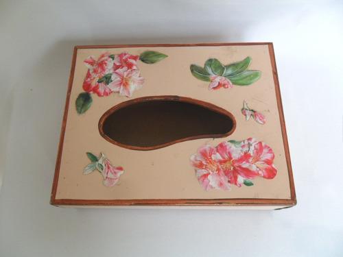 caixa de madeira porta guardanapo ou lenços tampa decorada