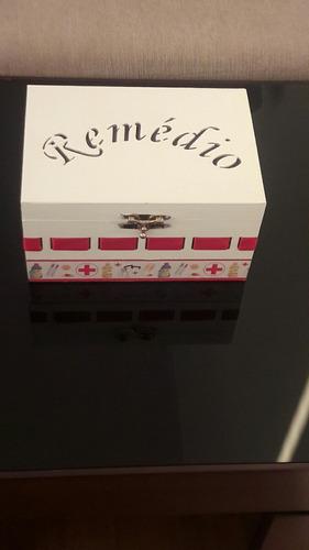 caixa de remédio em mdf